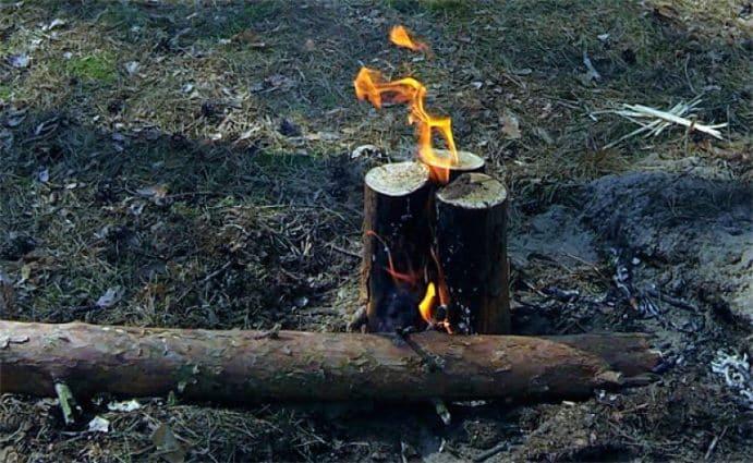 Финская свеча из трех бревен