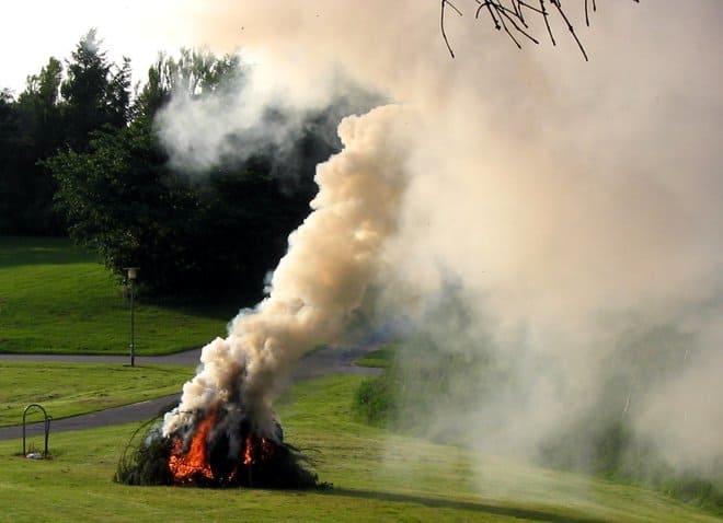 Дымовой костер