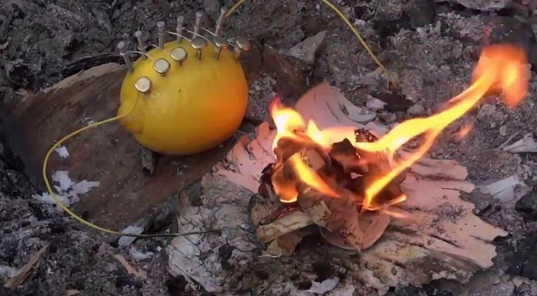 Вместо картофеля для этой цели отлично подходит и лимон