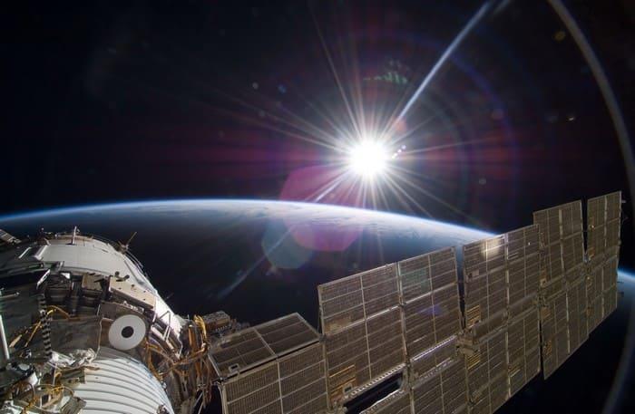 Вид Солнца с космической станции