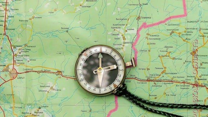 Ориентирование по компасу и карте