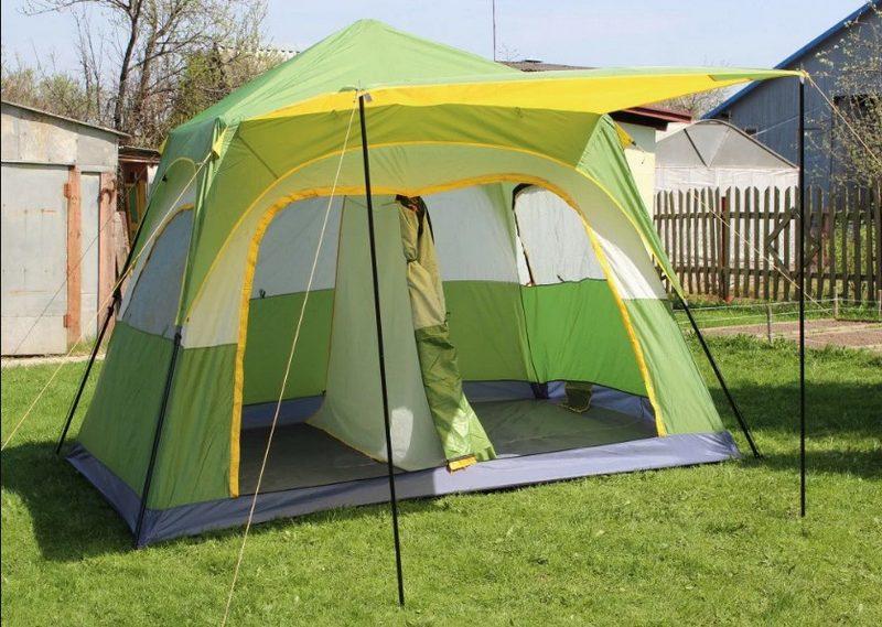 Летняя палатка используется только в теплую погоду, т. к. выполнена из легкой ткани