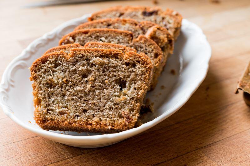 Хлеб из дубовых желудей вполне съедобен, хотя и обладает несколько своеобразным вкусом