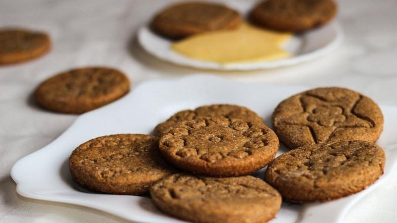 Из желудевой муки можно приготовить вкусное печенье