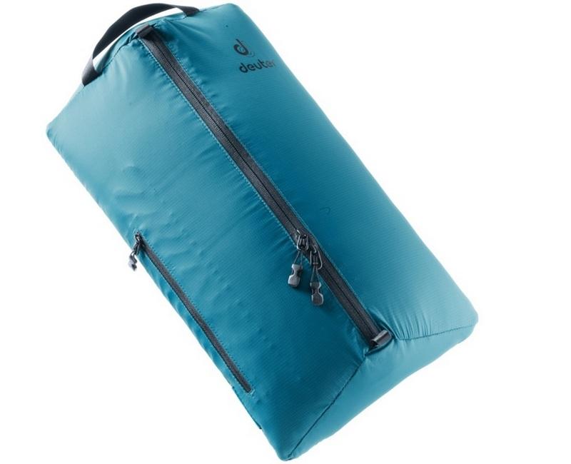 Палатку в комплектном чехле рекомендуется дополнительно упаковать в герметичный мешок