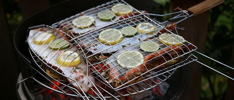 С приготовлением стейков семги по-классически справится даже начинающий кулинар
