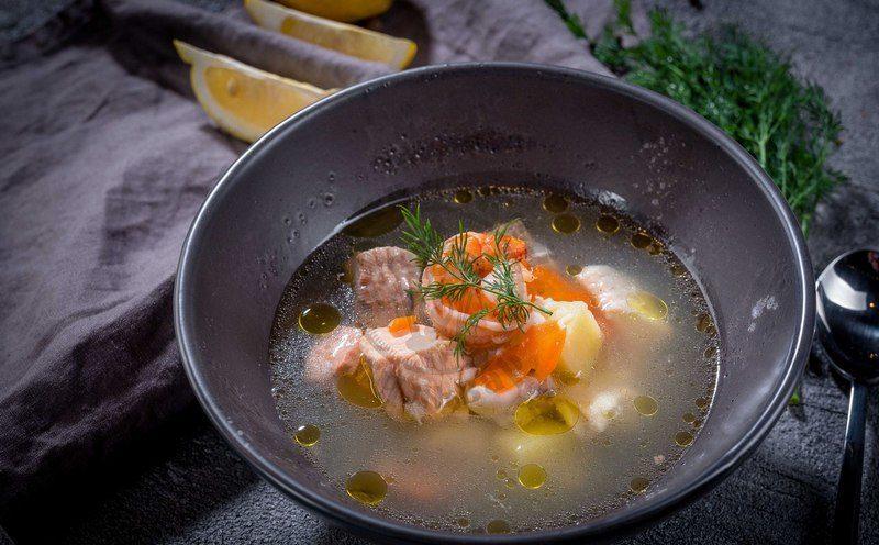 Уха царская - классическое блюдо, которое отличается особым ароматом и вкусом
