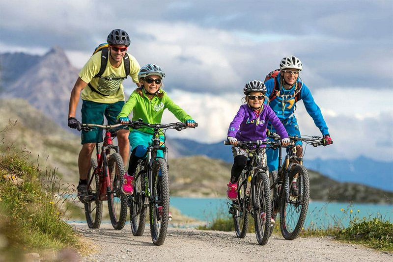 Велосипедный поход – вид туризма, в котором главным средством передвижения служит велосипед