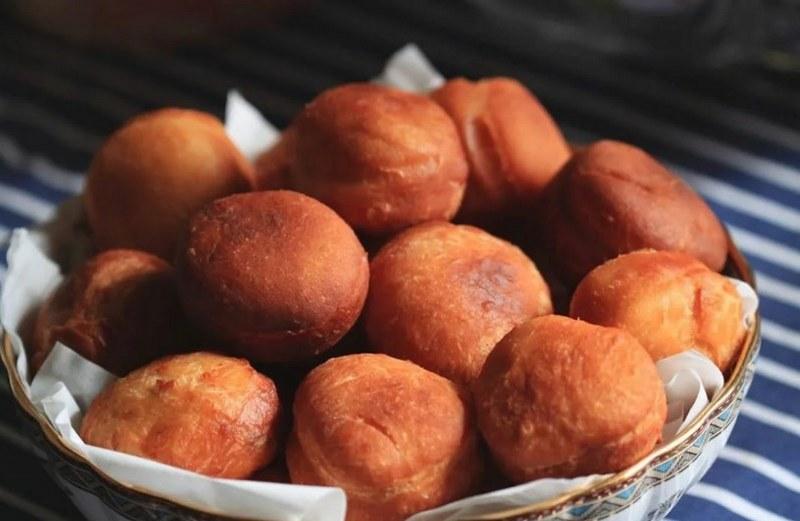 Баурсаки творожные - воздушный десерт, приготовленный в казане