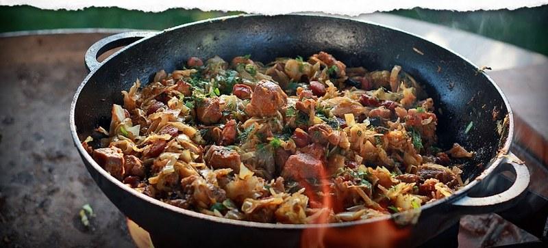 Бигос в казане - достойная альтернатива шашлыку и блюдам, приготовленным на углях
