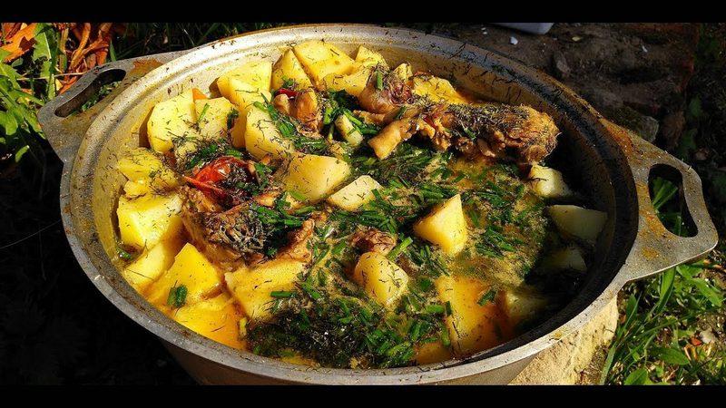 Свинина тушенная с картофелем - очень простое блюдо в приготовлении